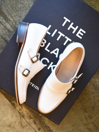 Roller Girl ivory  loafers